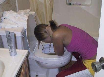 Sarah puke vomit
