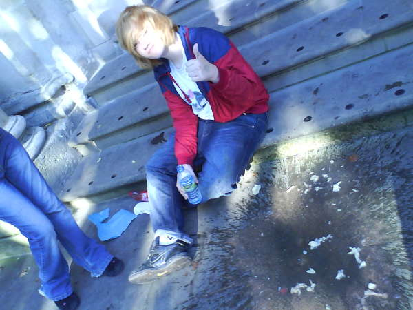 Rhys.RECYCABLE Chucking Up vomit
