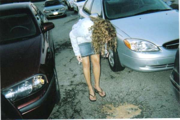 The puke of too much for the girl inside HAHAHA....!! vomit